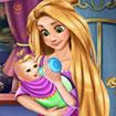 Rapunzel chăm sóc bé