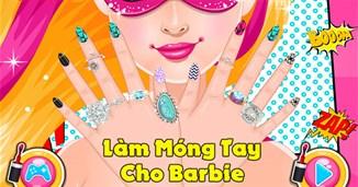 Làm móng tay cho Barbie
