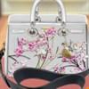 Thiết kế túi xách Dior