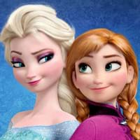 Elsa và Anna cosplay