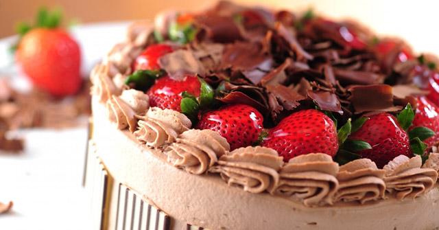 Bạn có thích ăn đồ ngọt không? Bánh ngọt, bánh kem, socola, kẹo...