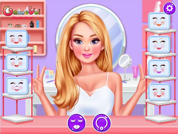 Trang điểm cho Barbie
