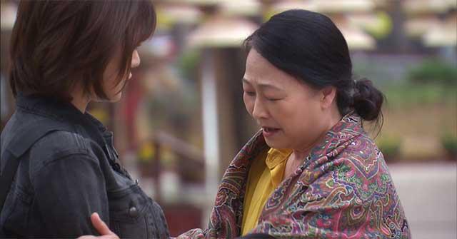 Bà của Long từng quý mến Nam vì trông cô bé rất giống với ai trong gia đình?
